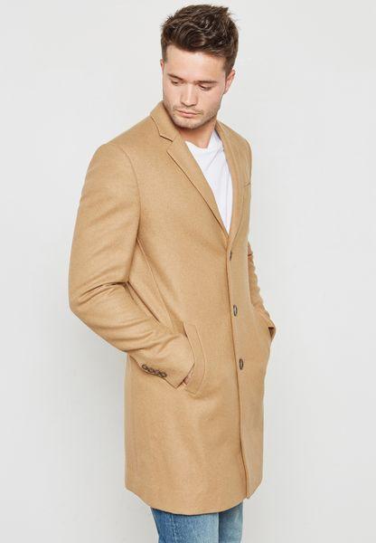 معطف بأزرار