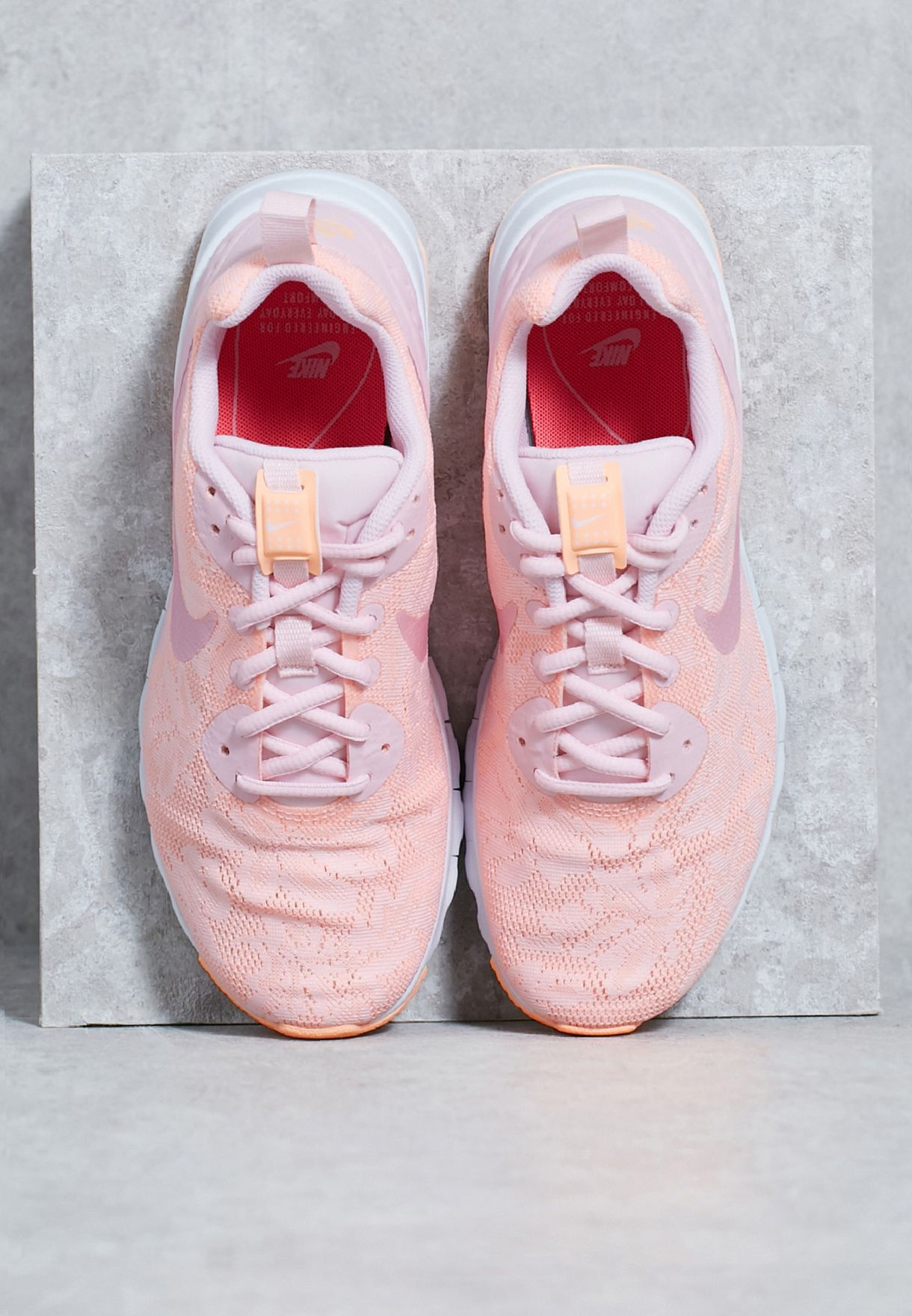 4498444c9d Shop Nike pink Air Max Motion Low ENG 902853-600 for Women in UAE ...