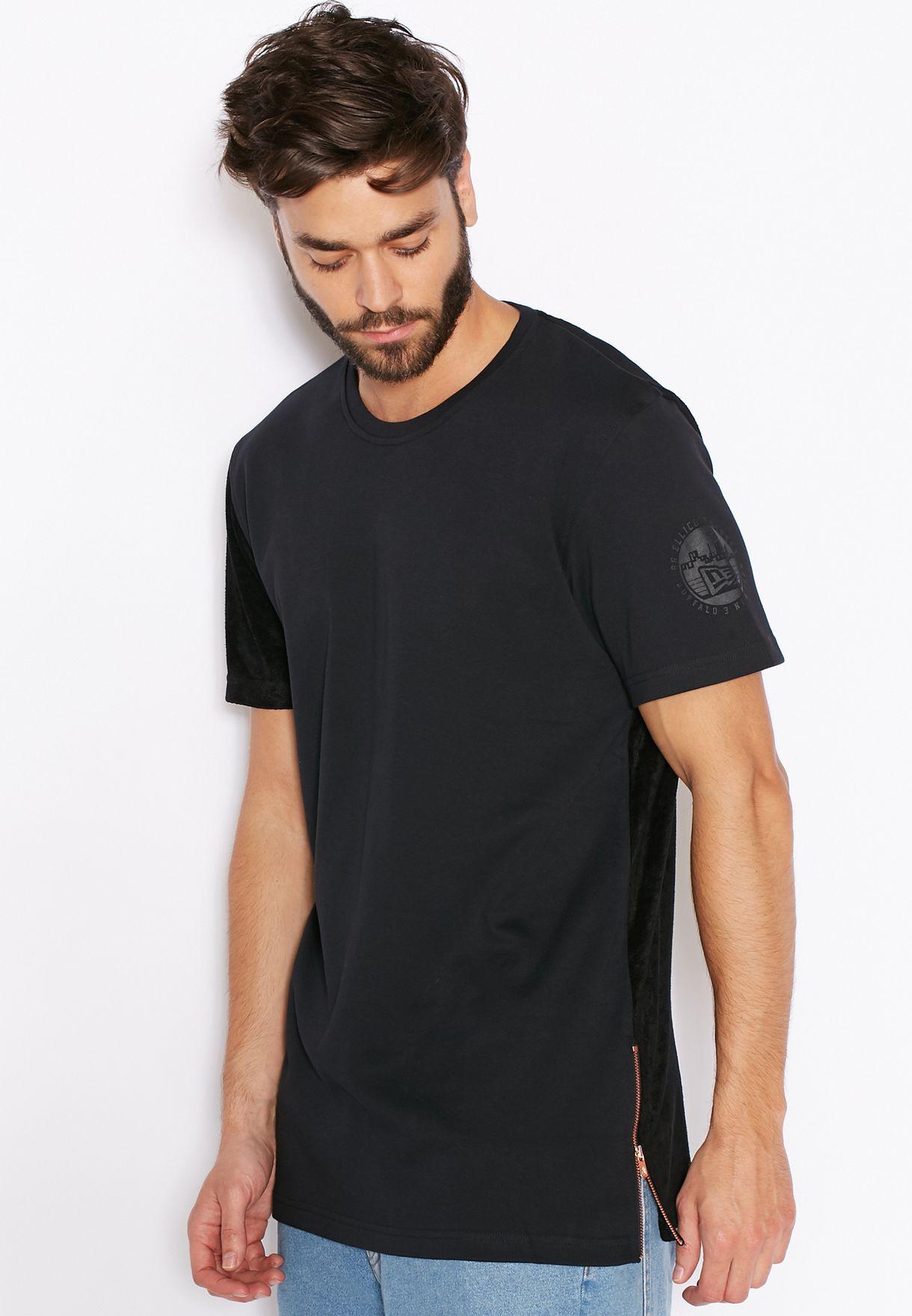 bac50520 Shop New Era black Premium Long Line T-Shirt 11208469 for Men in ...