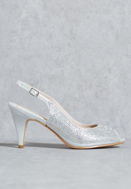 Embellished pump