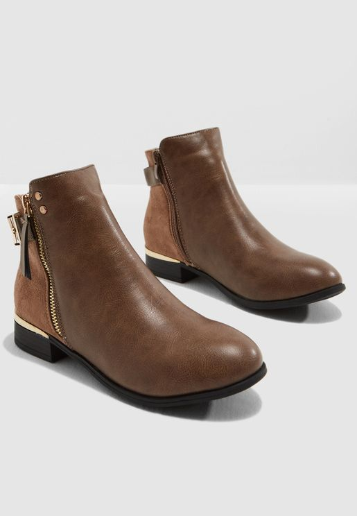 Hat Ankle Boot