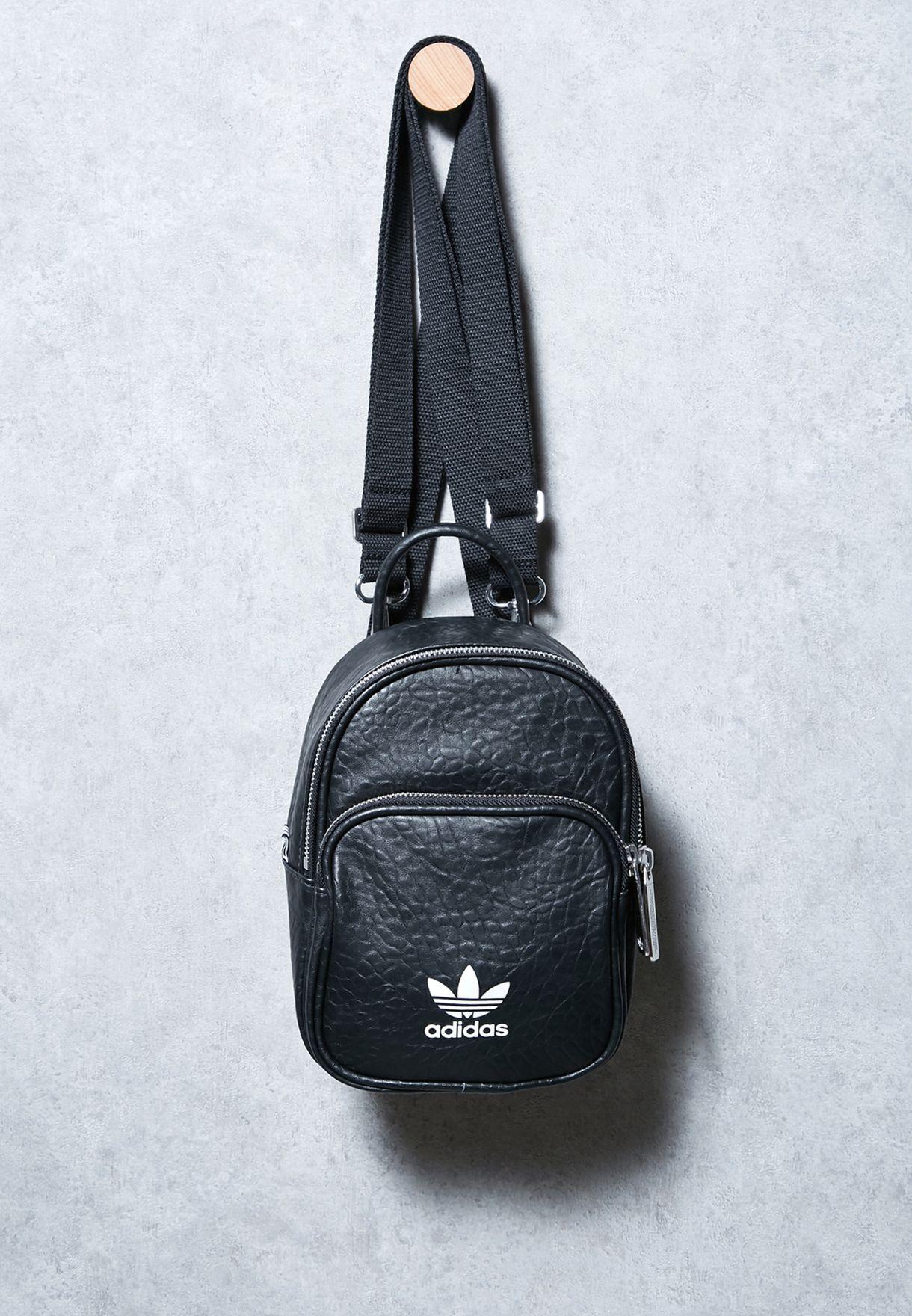 6d28b16ab13 Vintage Mini Backpack