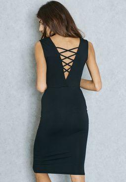 فستان بأربطة ظهر متقاطعة