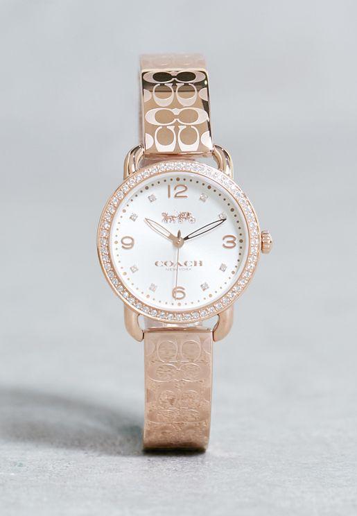 ساعة كلاسيكية بحزام معدني مطبع