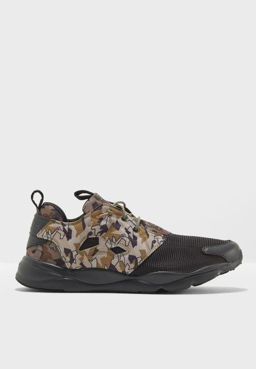 حذاء فوري لايت جي آر