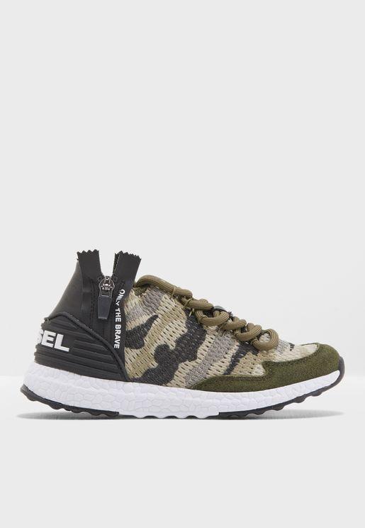 Youth Camo Sneaker