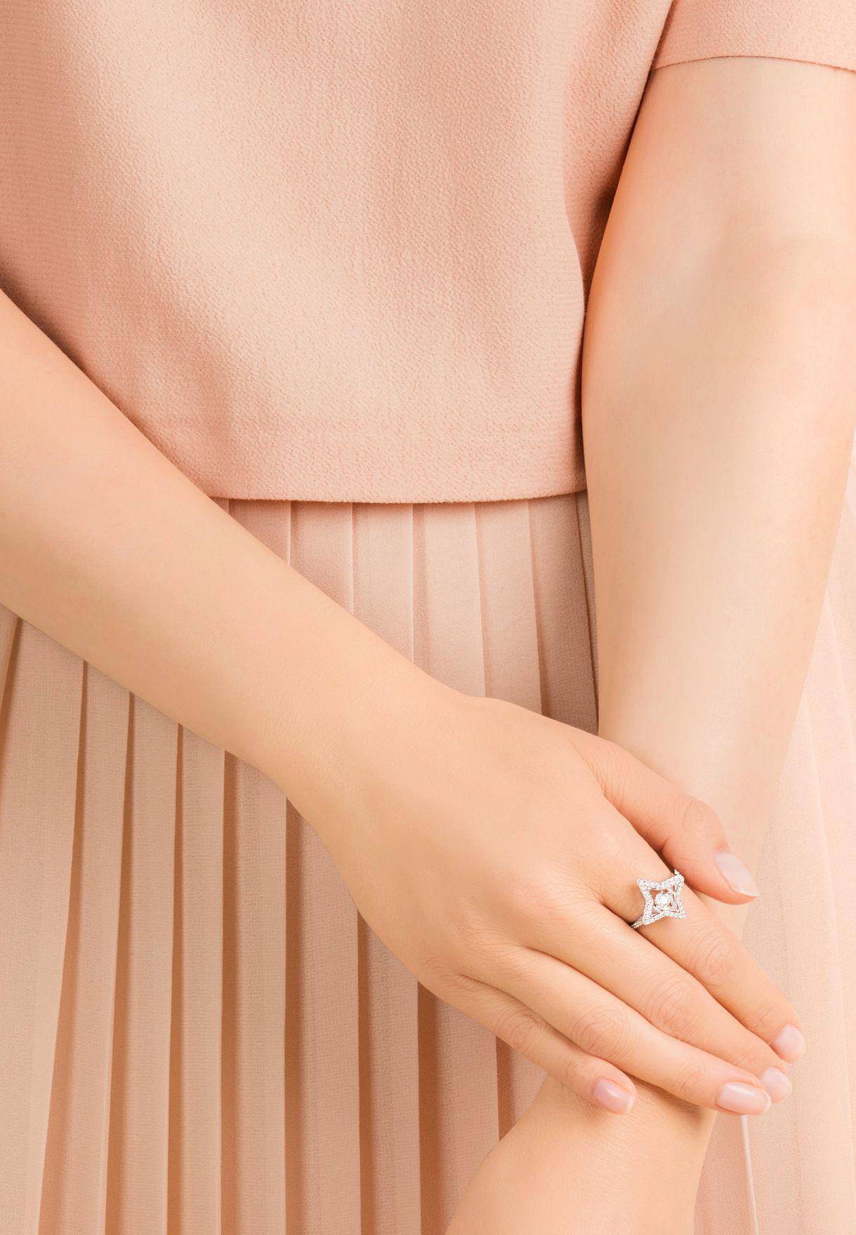 Sparkling Dance Star Ring