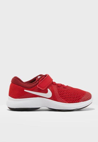 حذاء ريفوليوشن 4
