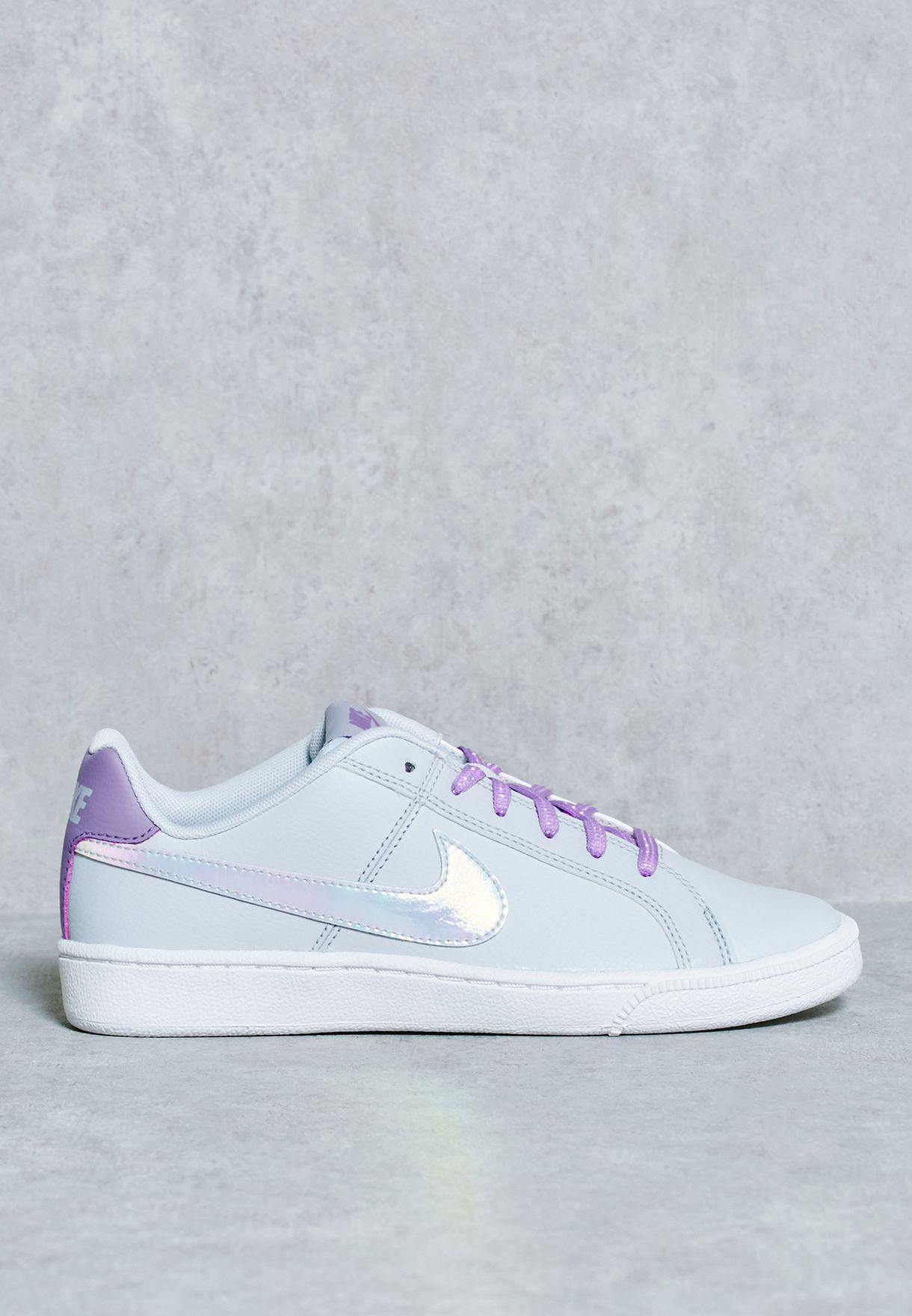02f6a1dcd8a85 Shop Nike grey Court Royale SE Youth 859512-001 for Kids in Saudi ...