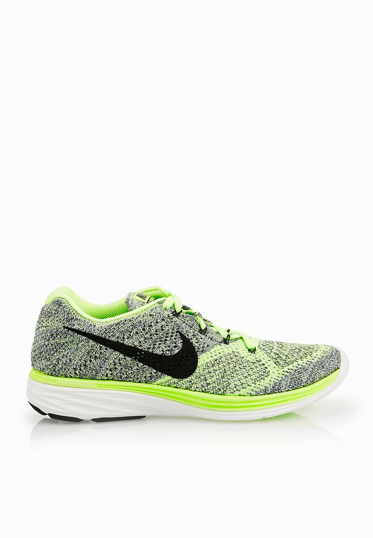 b1e697fbf7659 Shop Nike green Flyknit Lunar3 698182-304 for Women in UAE ...