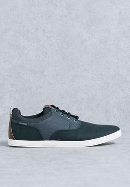 Vaspa Sneakers