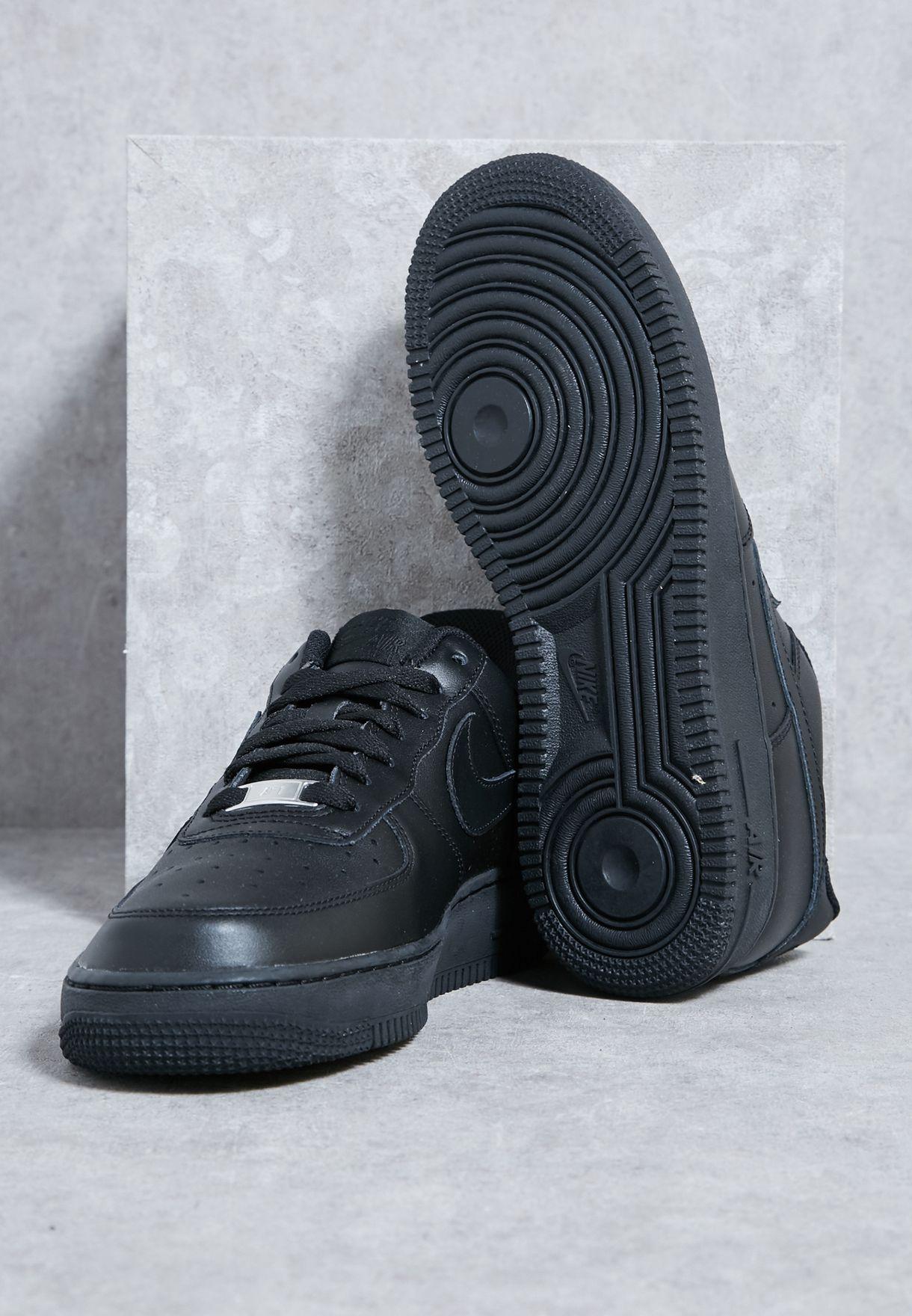 حذاء رياضة Air Force 1 '07