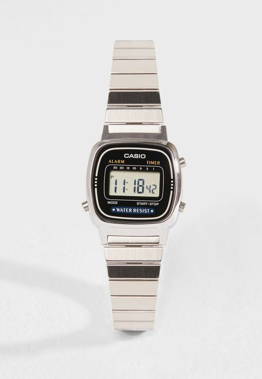 LA670WA-1DF Vintage Digital Watch
