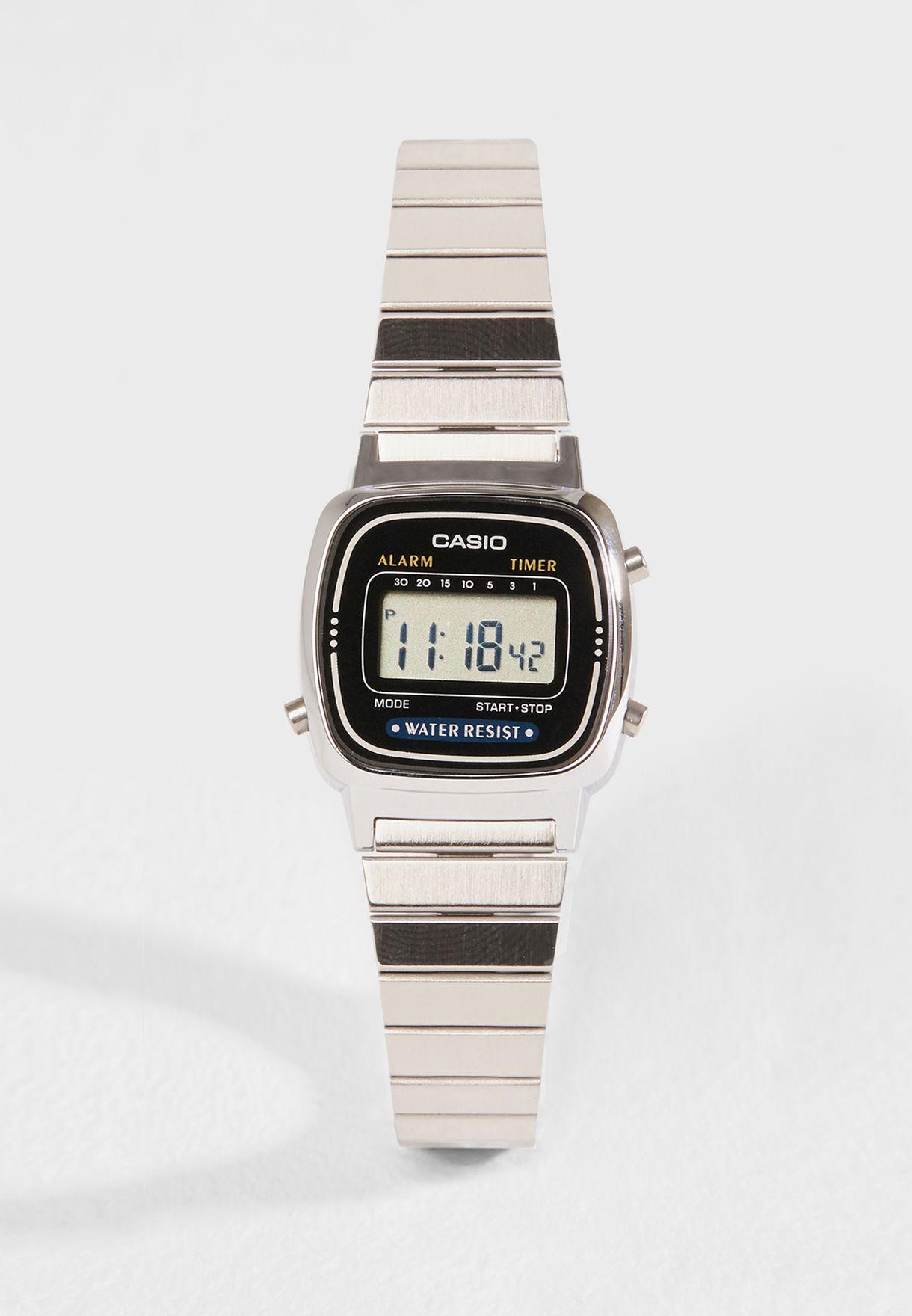 ساعة رقمية بنمط معتق