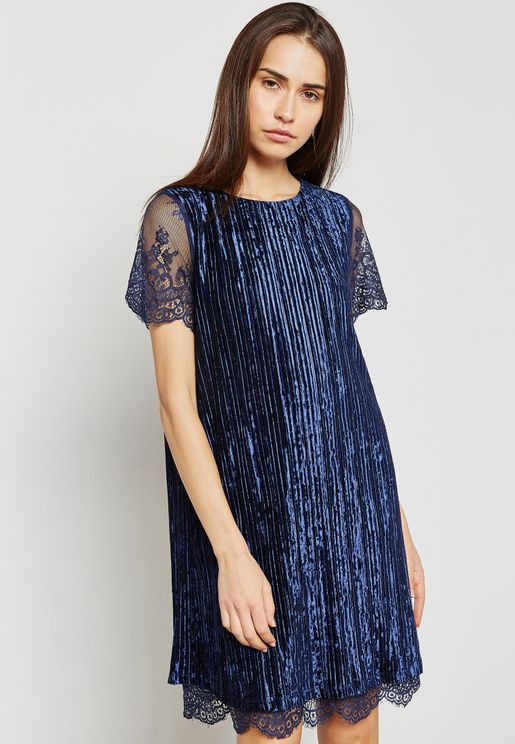 Lace Sleeve Detail Dress