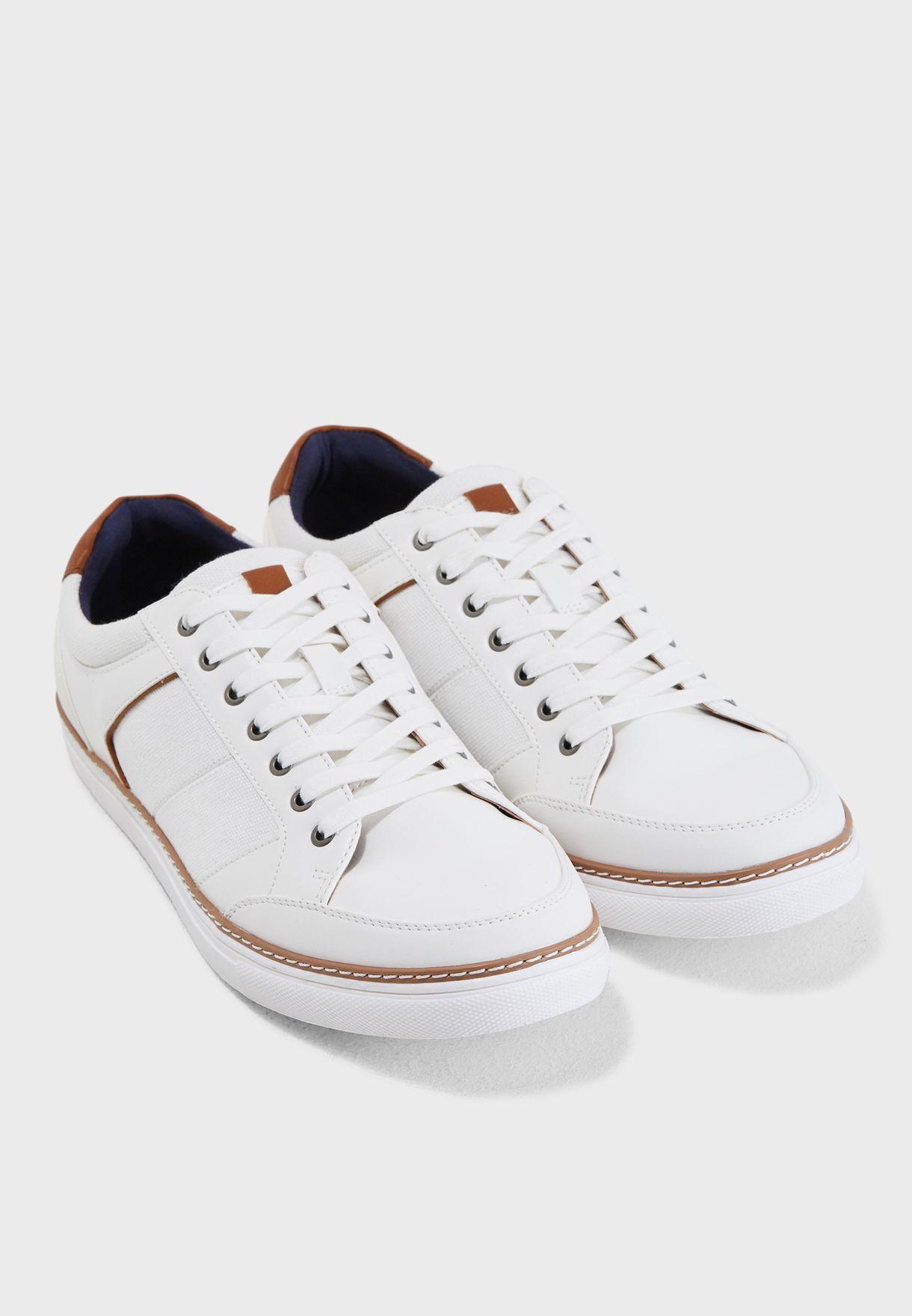 Naudien Sneakers