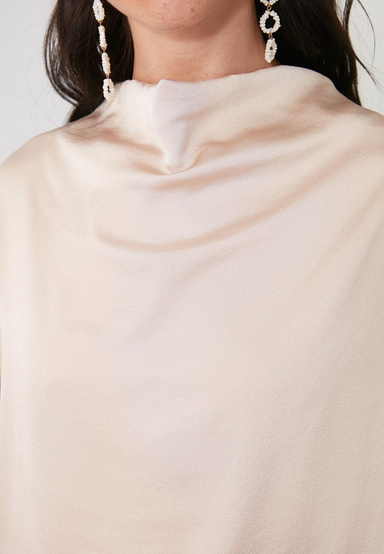 Collar Detail Top