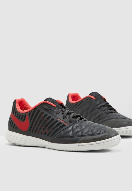 online store ea7e9 4cf79 Nike Shoes for Men   Online Shopping at Namshi Qatar