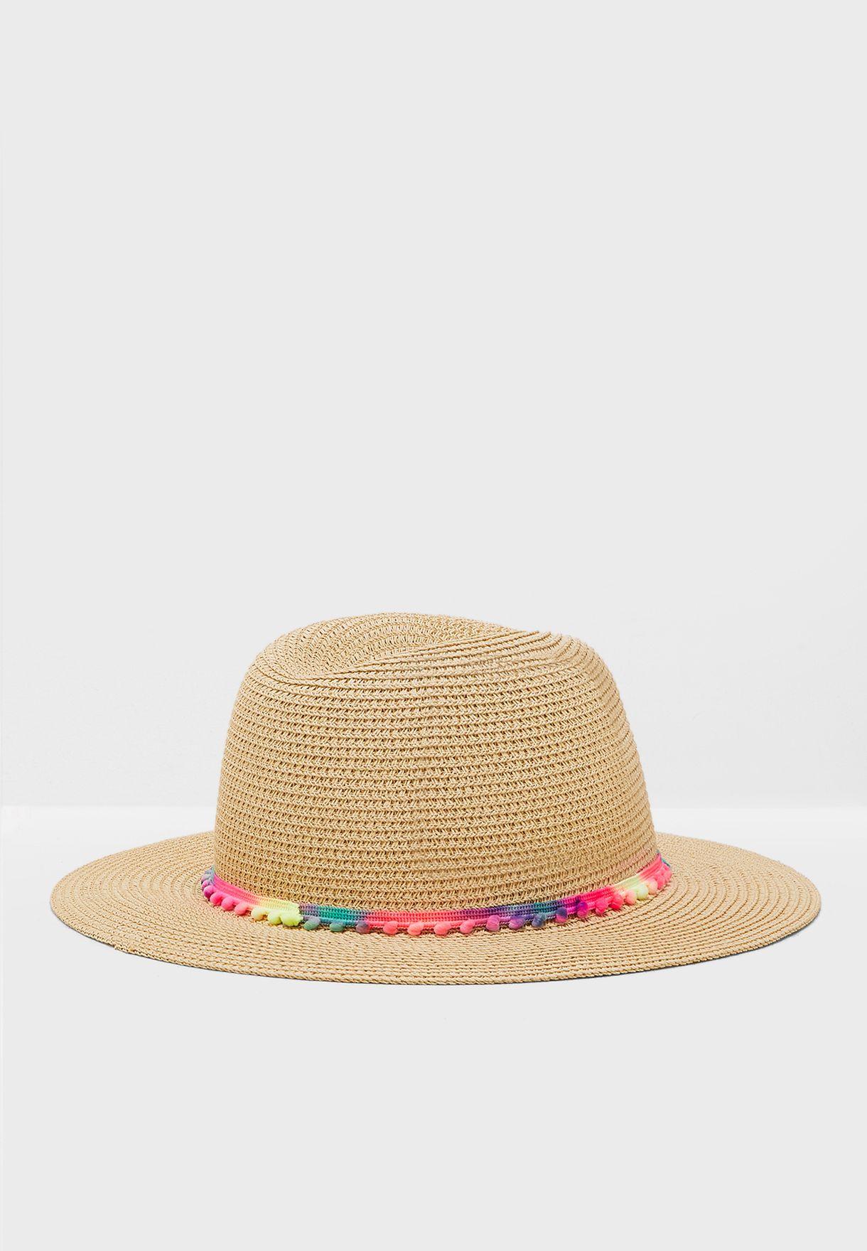 قبعة للشاطيء