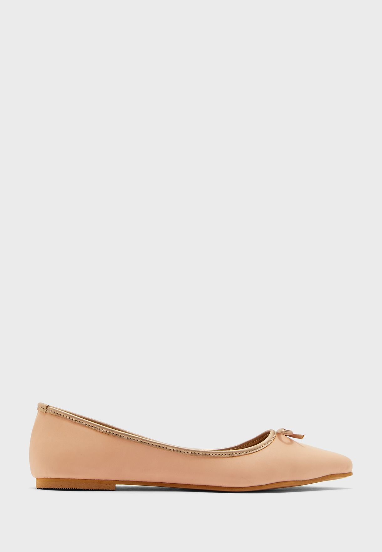 Bow Detail Pointed Ballerina