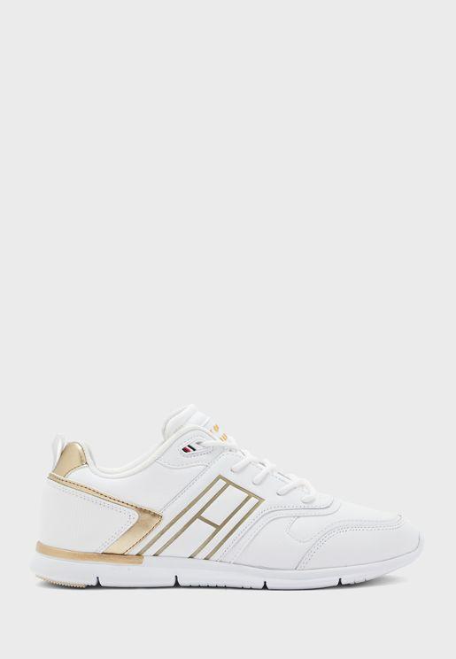 Lightweight Sneaker