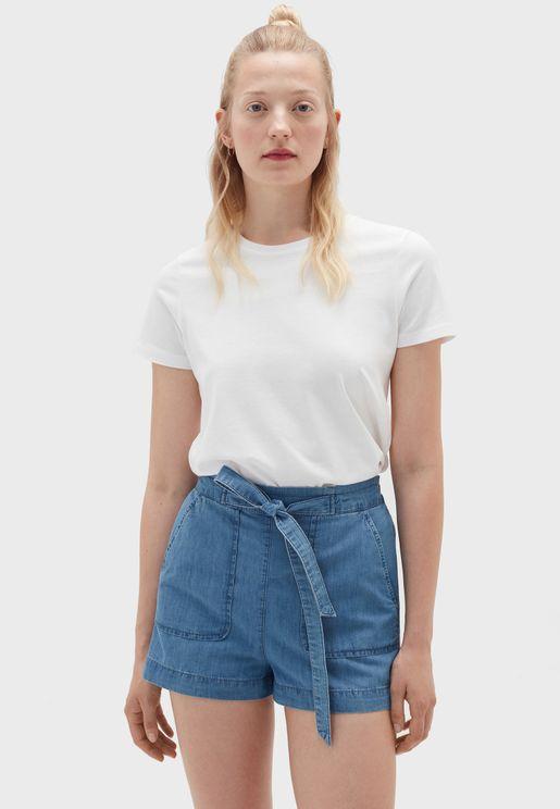 شورت جينز بخصر عالي