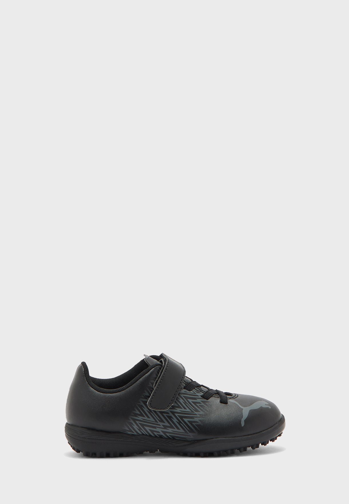 حذاء كرة قدم للأطفال