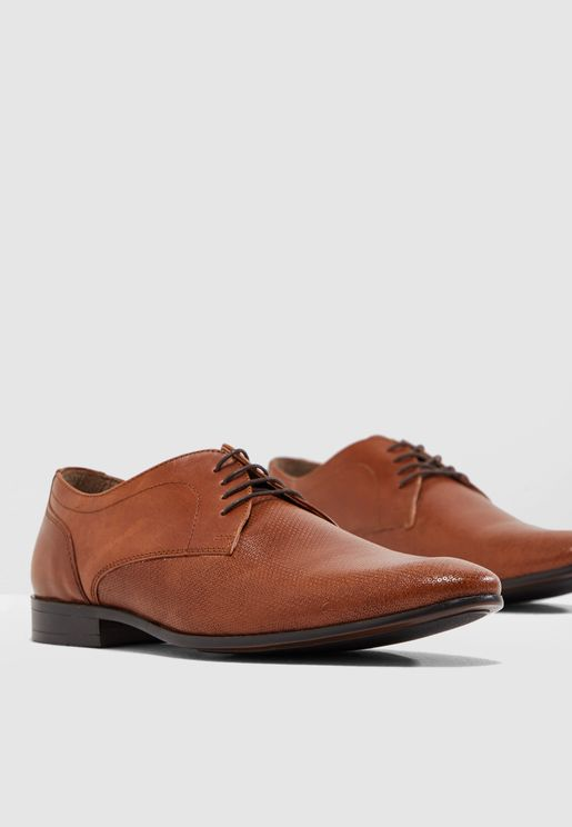 Bryant Derby Shoes