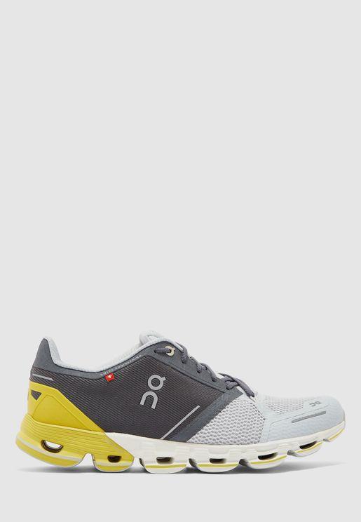 حذاء كلاود فلاير في2