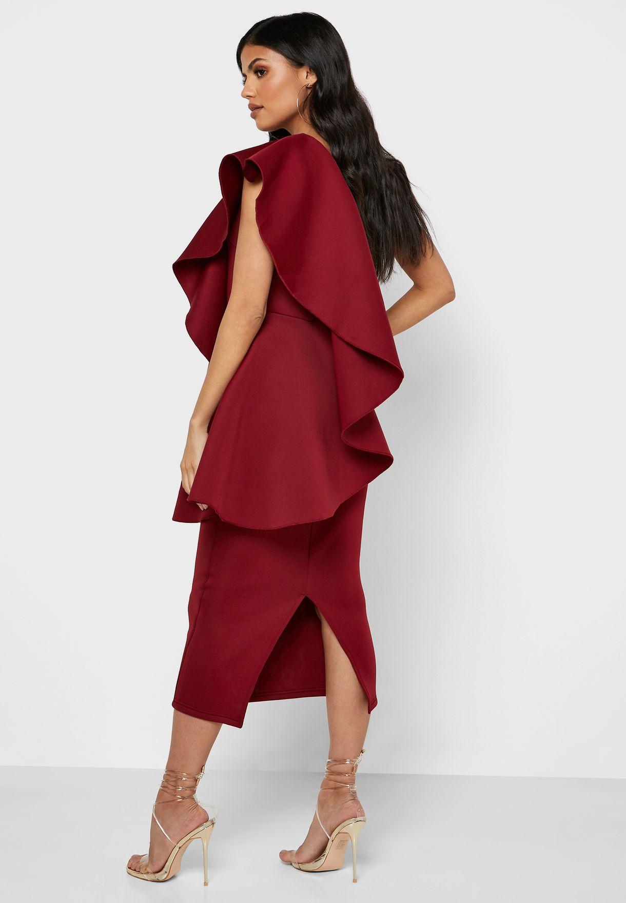 فستان بكم واحد واطراف مكشكشة