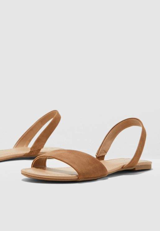 Waliweth Flat Sandal