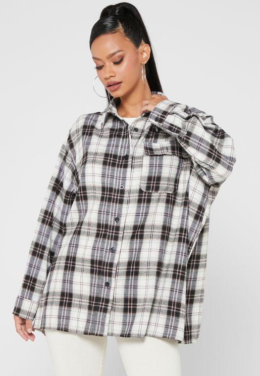 قميص فضفاض بطبعات مربعات