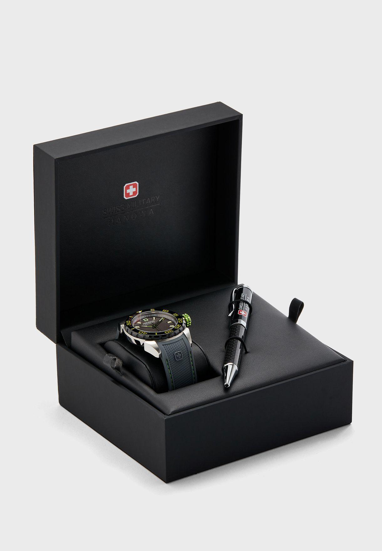 ساعة مع قلم مطابق