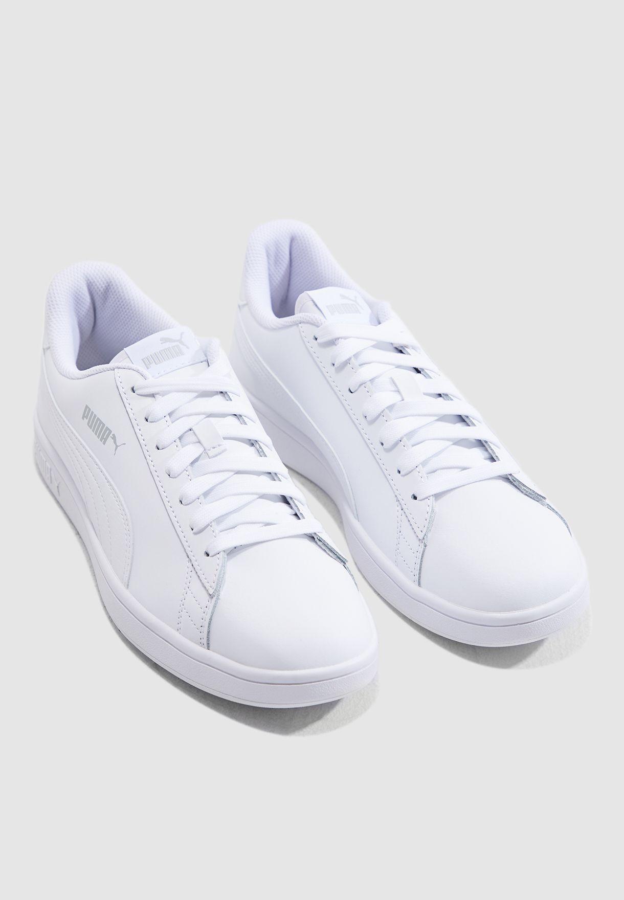 حذاء سماش في 2 ال