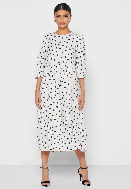 فستان منقط متعدد الطبقات