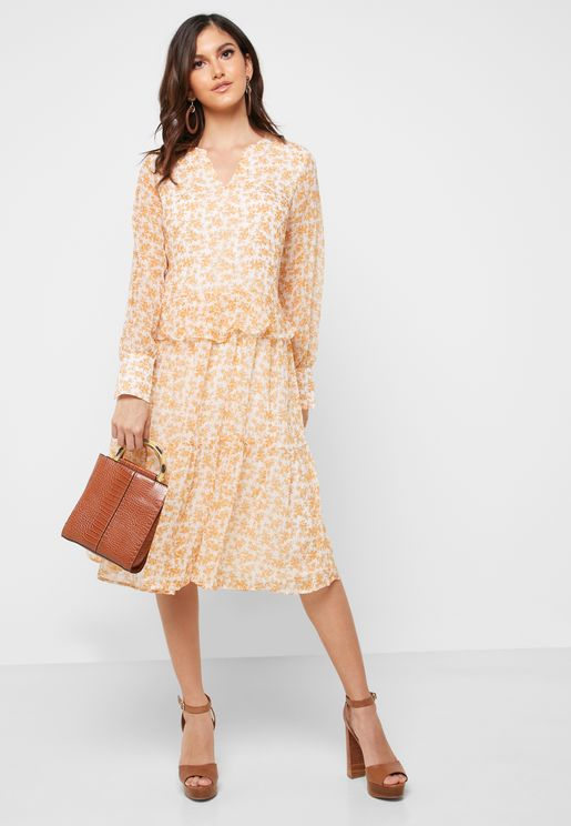 Ruffle Detail Printed Dress
