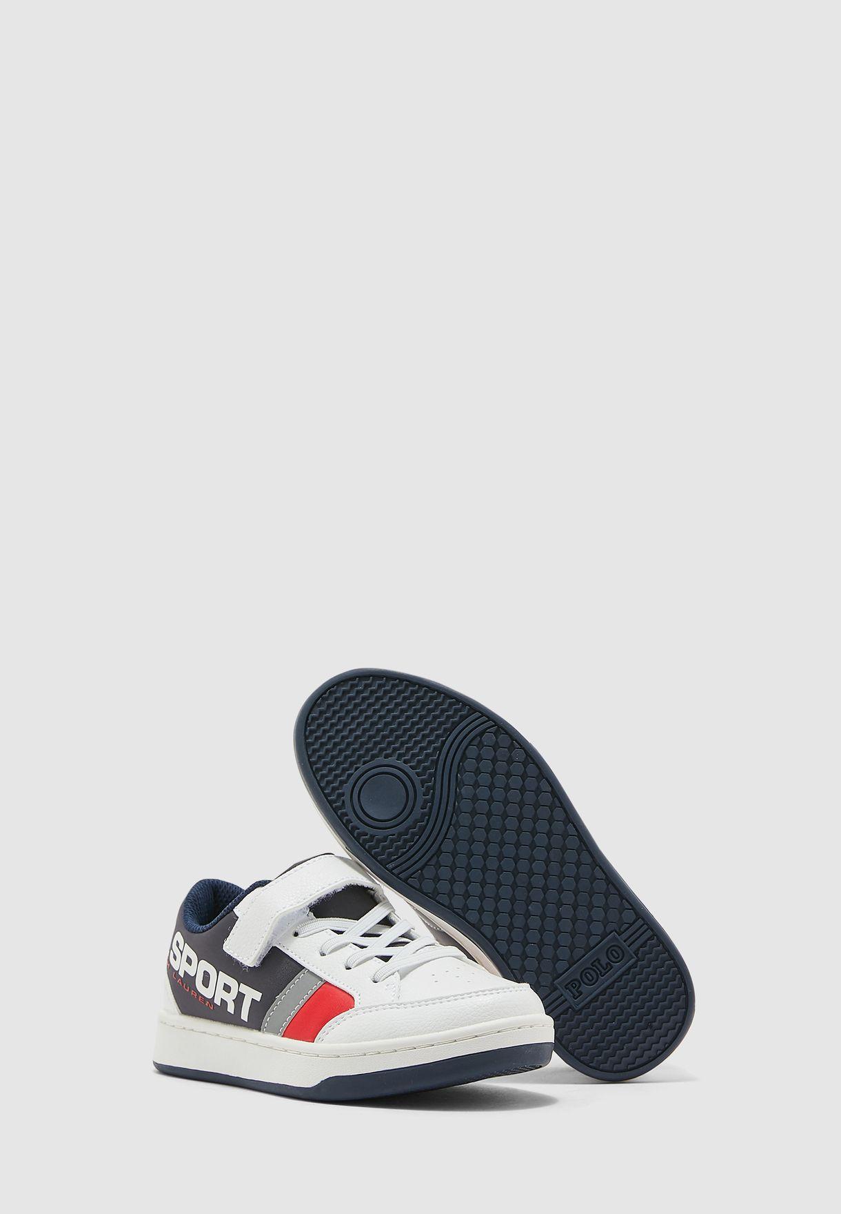 حذاء سنيكرز بنمط كتل الالوان