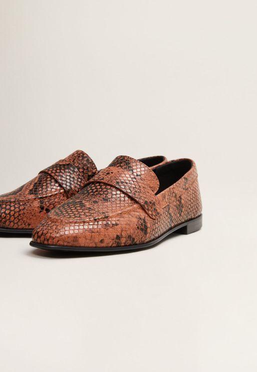 حذاء فلات مطبع