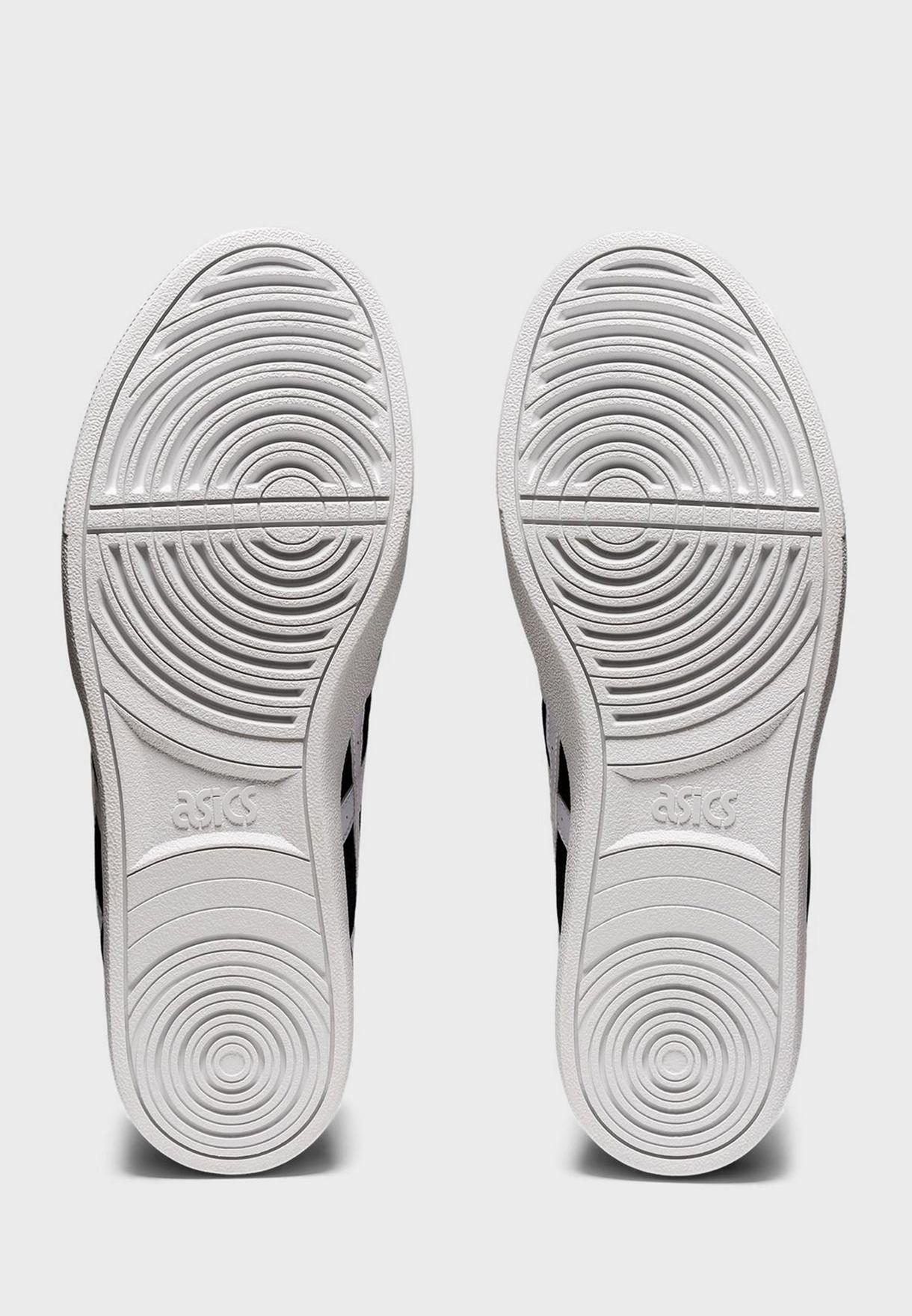 حذاء كلاسيك سي تي