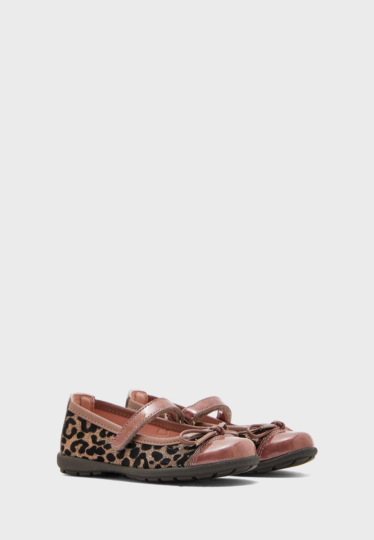 حذاء مطبع بشريط فيلكرو