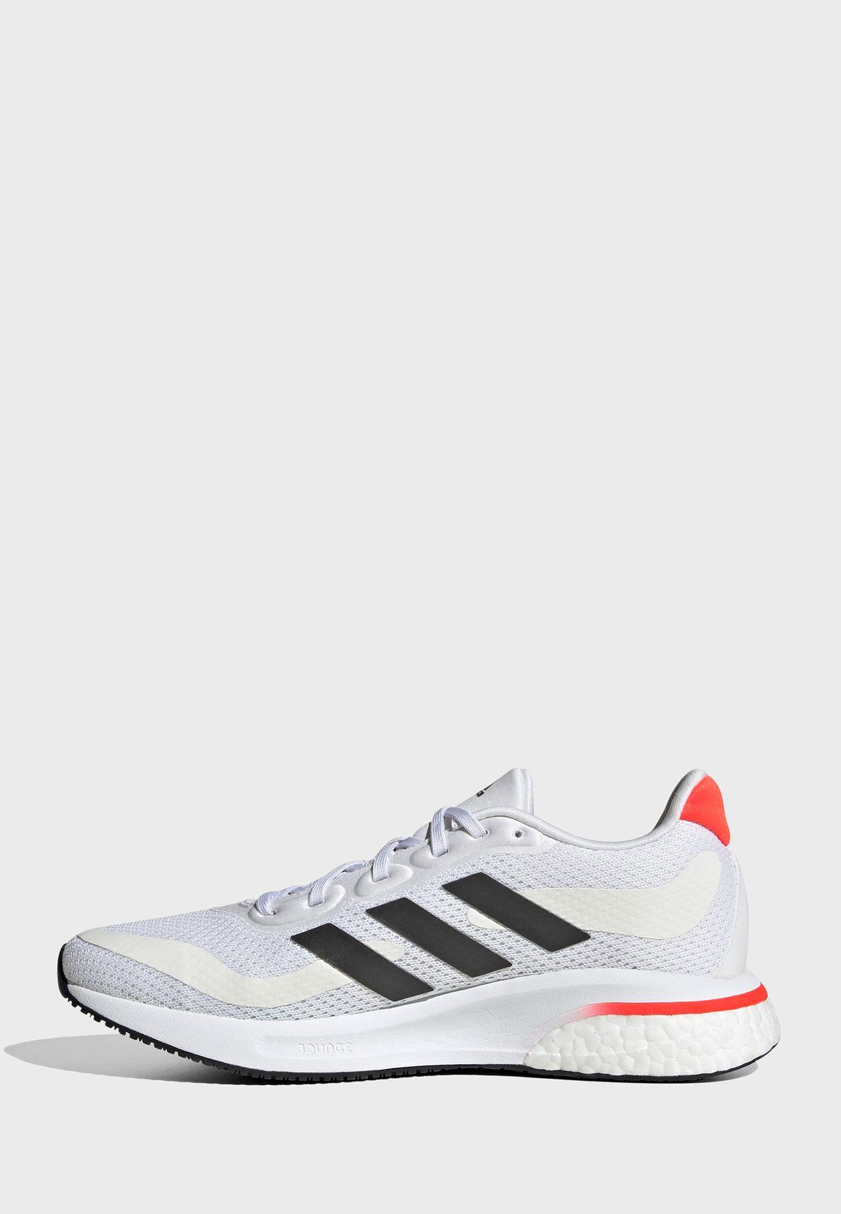 حذاء سوبرنوفا