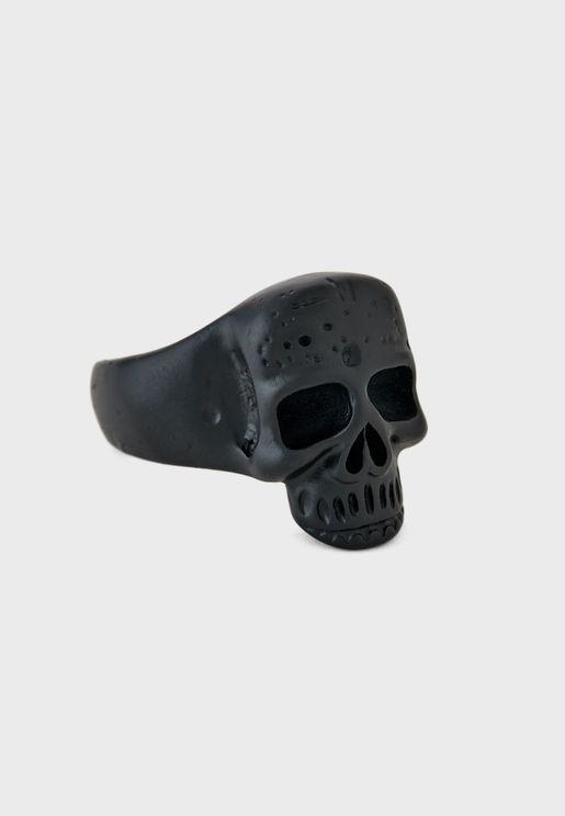 خاتم بحلية جمجمة