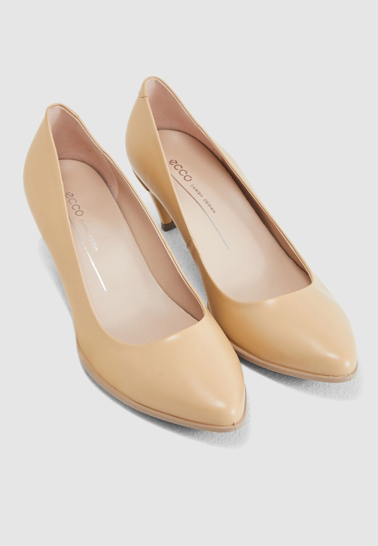 Pointy Sleek Pump