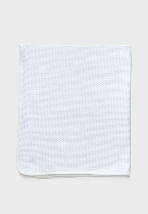 بطانية بطبعة شعار الماركة
