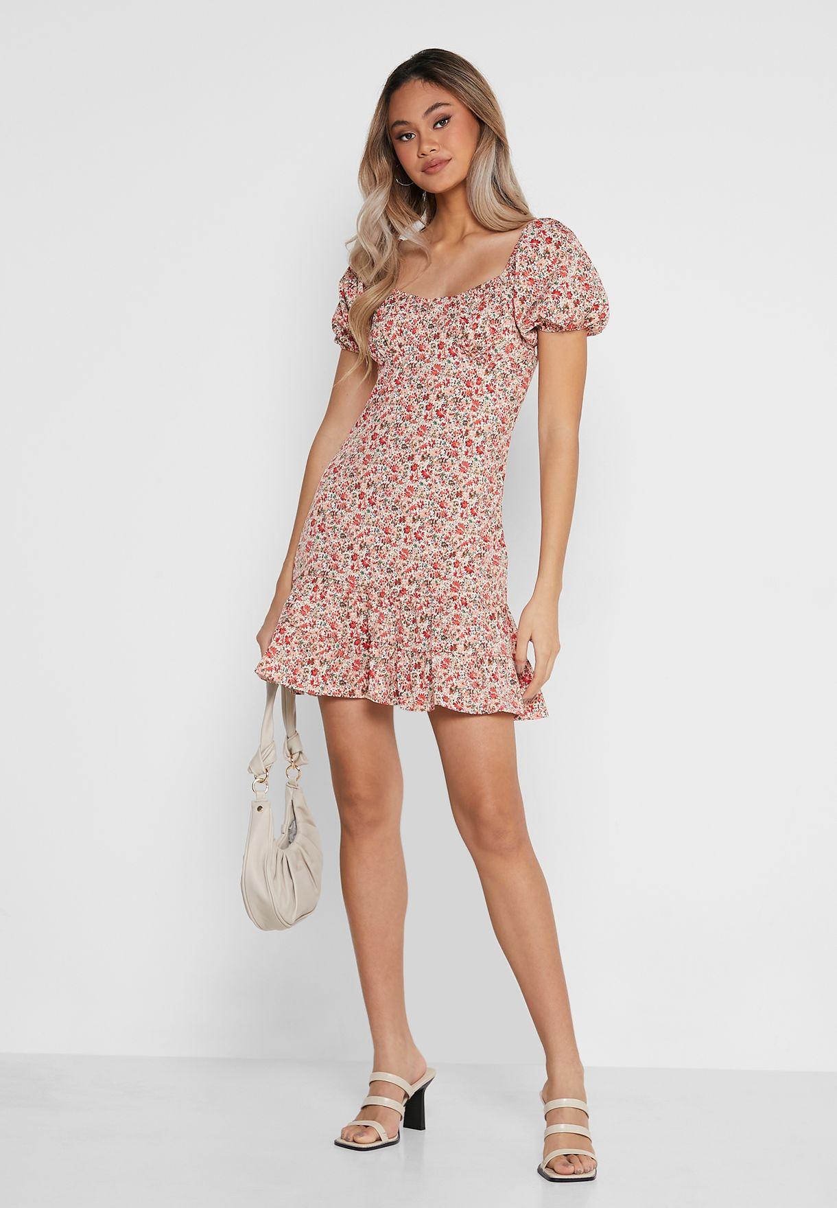 فستان بيبلوم بطبعات ازهار