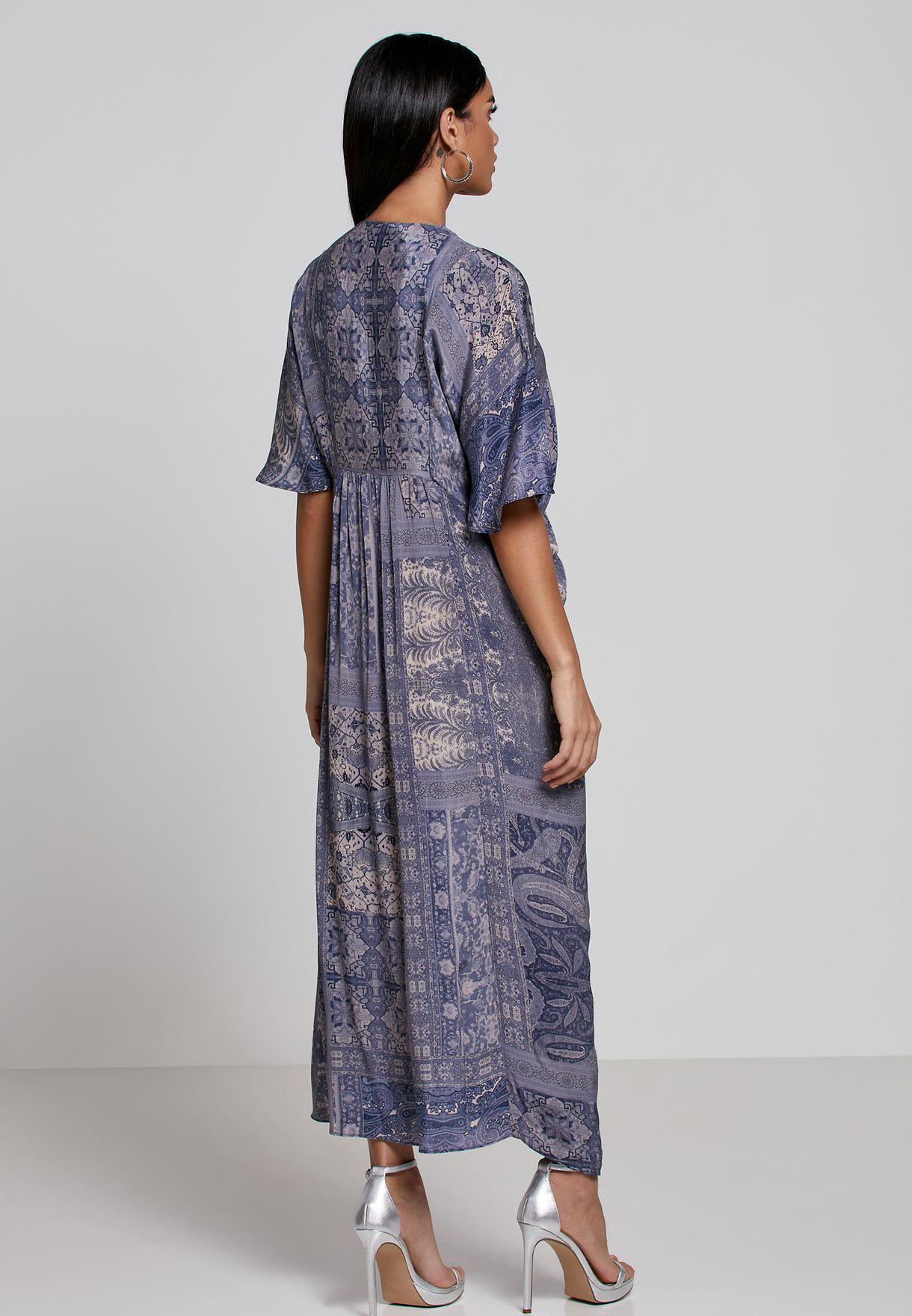 فستان مطبع بنمط قفطان