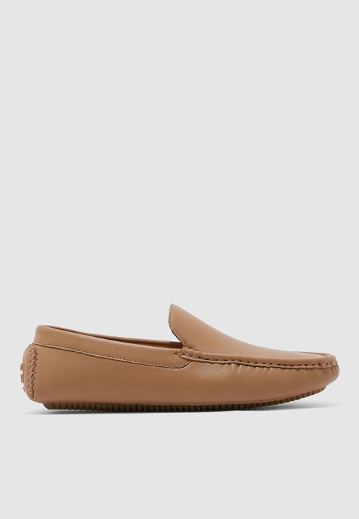 حذاء بوسادة قدم مبطنة