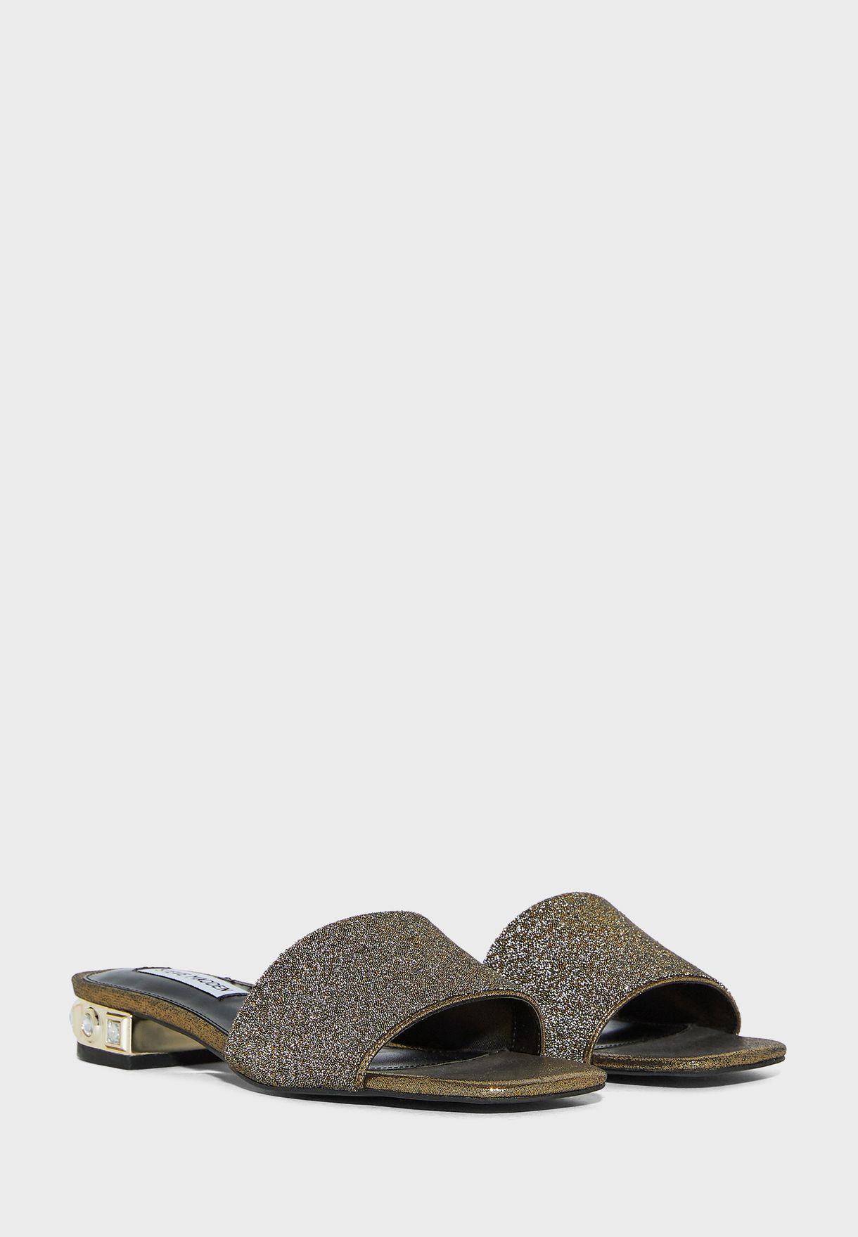 Safari-C Flat Sandal
