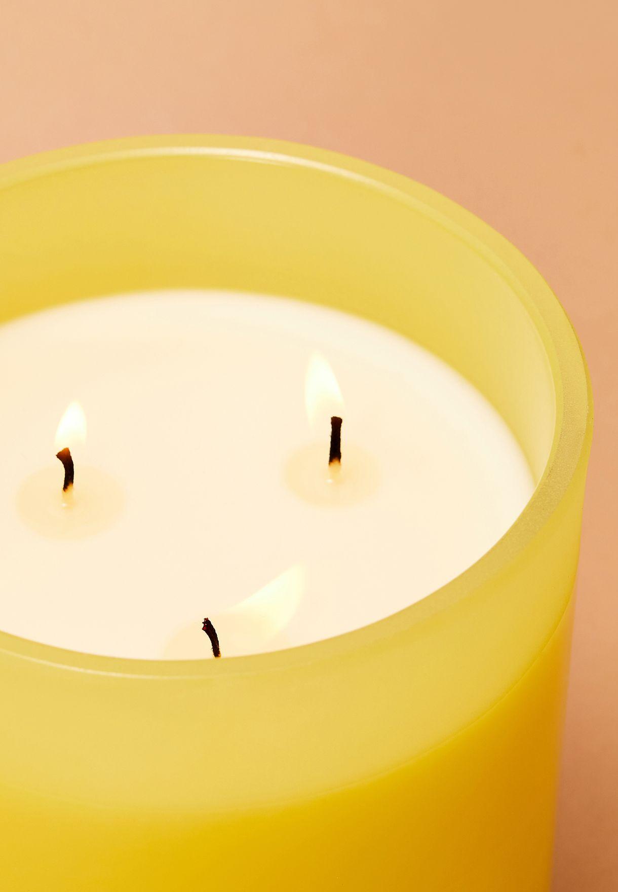 شمعة برائحة البرتقال والبرغموت بثلاث فتائل