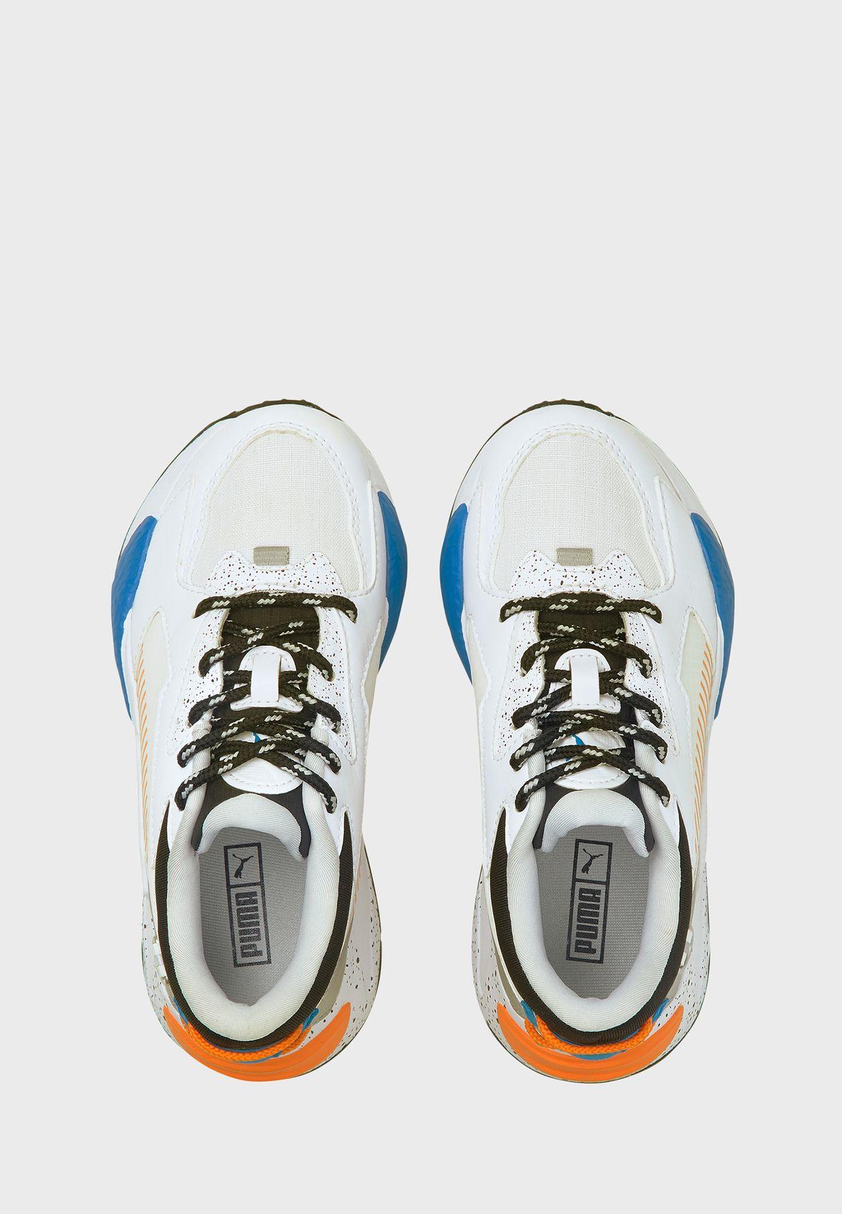 حذاء ار اس-زد استرونوتس